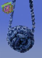 Chenille Rose Circle shoulder bag in color blue jeans